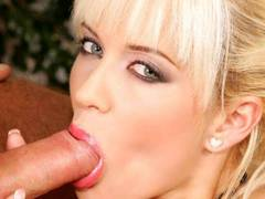 Blonde engages in lusty oral exchange