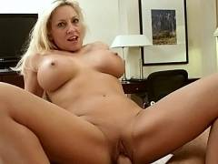 Touring Hot Milf Cala