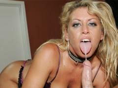 Mature whore Chelsea Zinn hardcore banging